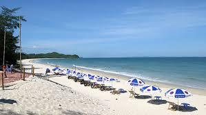 Bãi tắm Sơn Hào